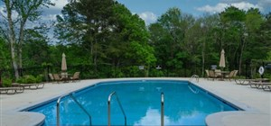 How to Design a Great Concrete Pool Deck
